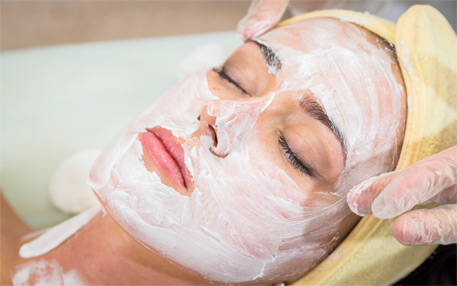 Beauty Salon in Gurgaon, India with Award Winning Services